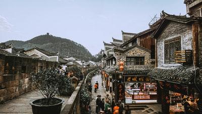 民意与伪民意 by 刘瑜